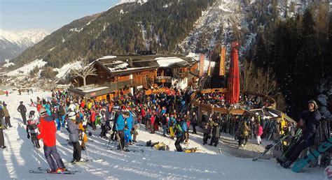 top 10 apres ski bars mooserwirt apres bar