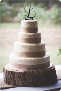 Rustic wedding cake amy lyons lyons lyons fedick simple and beautiful
