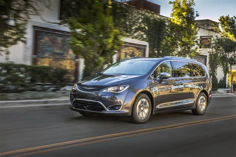 Chrysler Hybrids by 2017 Chrysler Pacifica Hybrid Priced From 41 995 In The Us