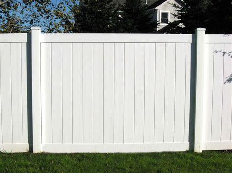 recinzioni in pvc per giardini recinzioni in pvc recinzioni