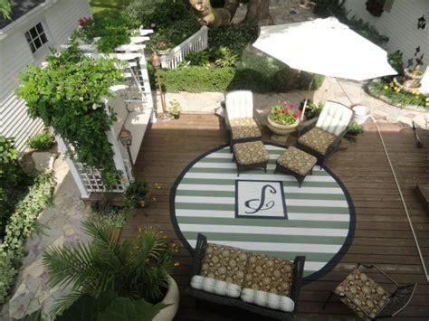 paint  rug   deck