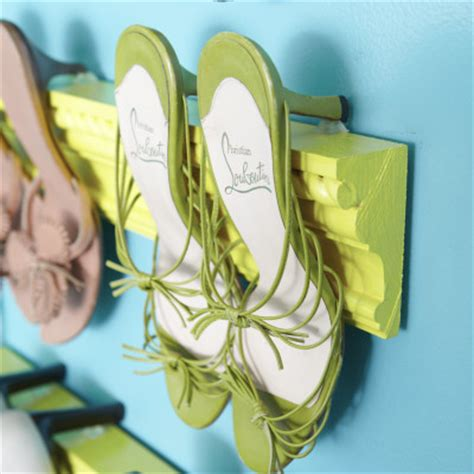 Crown Moulding Shoe Rack by Crown Moulding Shoe Racks Decorating With Your Shoes Dig