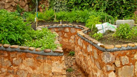 Keyhole Gardening by Keyhole Gardens For Small Spaces