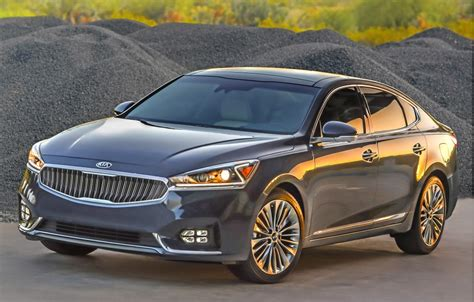 kia technology kia updates its cadenza sedan for 2017 boosting