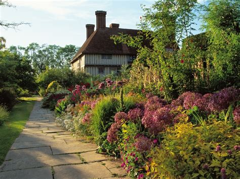 great dixter in sussex much loved garden of the late christopher lloyd