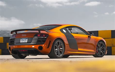 automotive service manuals 2012 audi r8 regenerative braking audi r8 gets a big face lift photo gallery motor trend