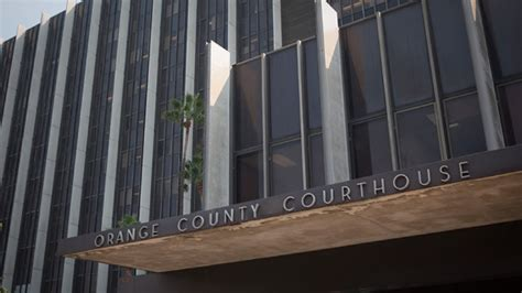Orange County Superior Court Criminal Search Fixing 1 000 Traffic Tickets Net Oc Court Clerk More Than 250 000 Mynewsla