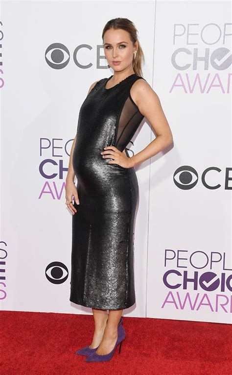 camilla luddington red carpet camilla luddington from people s choice awards 2017 red
