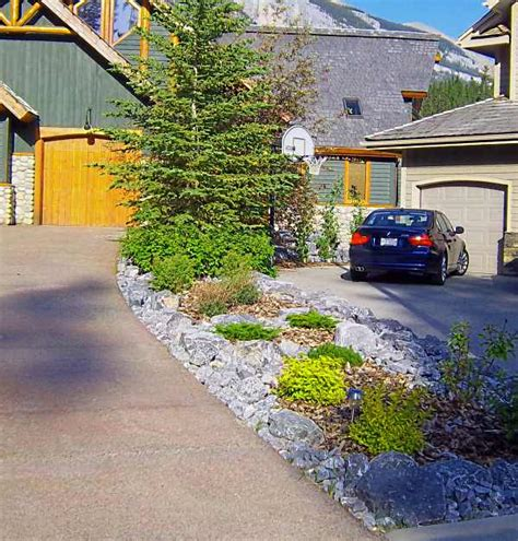 Landscape Ideas Between Houses Driveway Landscaping Between Two Neighbors With A Small