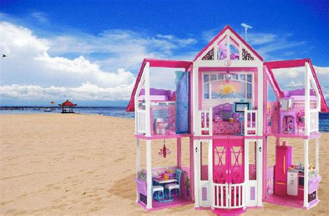 barbie doll beach house barbie s malibu real life dream house is laughably small in real life huffpost