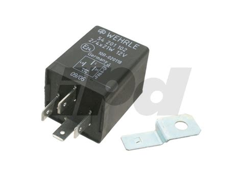 volvo flasher relay  prong