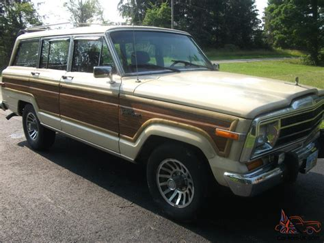 Jeep Grand 1985 1985 Jeep Grand Wagoneer Limited Sport Utility 4 Door 5 9l