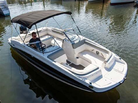 fishing deck boat manufacturers 2014 bayliner 190 deck boat boat review top speed