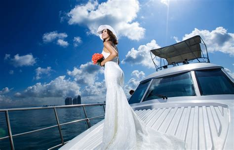 wedding reception locations with yacht view boat wedding transportation