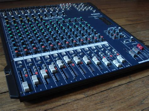 Mixer Yamaha Mg166cx Usb yamaha mg166cx usb image 582237 audiofanzine