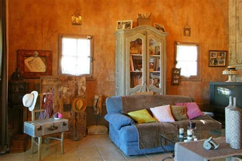 Country Style Home Decor by Country Home Decorating Ideas From Provence