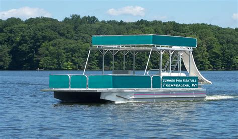 big boat with slide houseboat rental mississippi river summer fun vacations