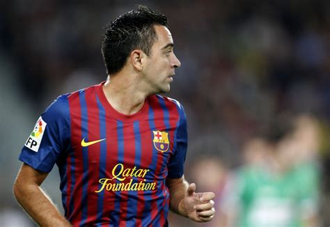 barcelona legend barcelona legend xavi close to new york city move