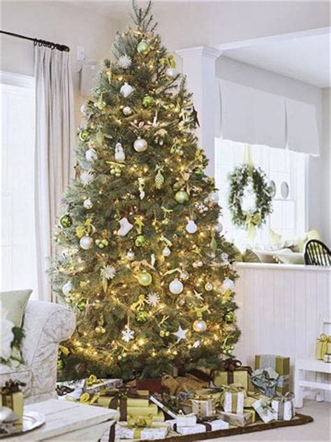 better homes and gardens christmas decorating ideas christmas tree theme ideas from better homes gardens