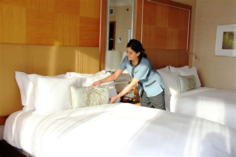 ritz carlton down comforter travel smart pillow menus pop up in hotels toronto star