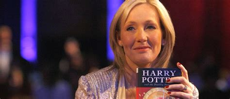jk rowling hogwarts house j k rowling drops reality bombshell you all went to hogwarts