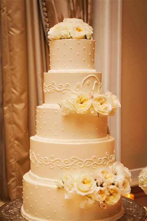 wedding cake limelight traditional wedding the magazine