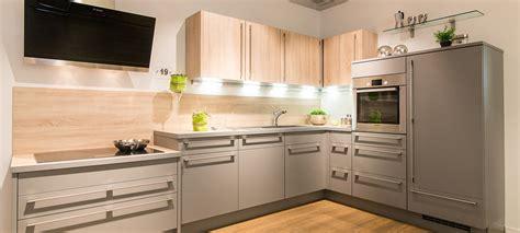 Küchen Planen Lassen by K 252 Chenausstellung Dockarm