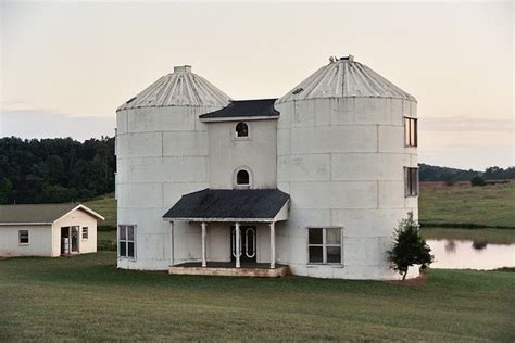 silo house now this is a silo home woot alternative houses silo