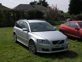 Volvo C50 T5 Volvo V50 T5 R Design Photos And Comments Www Picautos