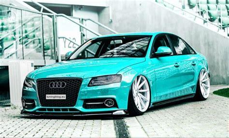 Audi A4 B8 sedan w kolorze jasnoniebieskim przez tuningblog.eu tuningblog.eu magazynek