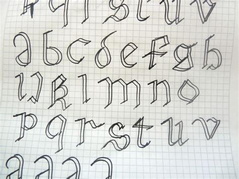imagenes uñas goticas letras dobles imagui