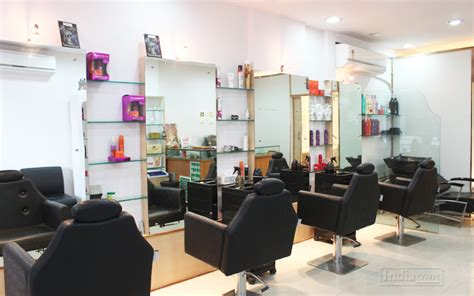salon unisex near me re make me unisex salon in vadodara 21 siddharath complex