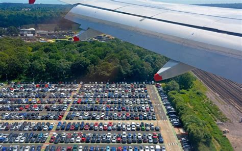 choose   airport parking
