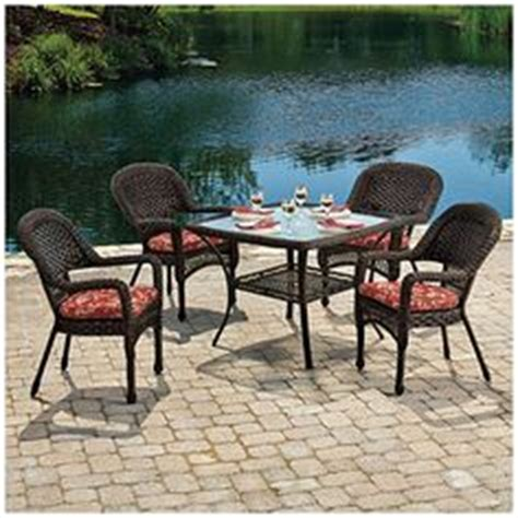Patio Dining Sets At Big Lots Wilson Fisher 174 Solar Offset 11 Rectangular Umbrella With