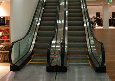 sedie mobili per scale scale mobili e tappeti mobili per centri commerciali e