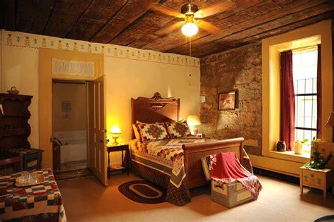 colonial room colonial room jailer s inn bed breakfast