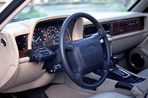 Xj6 Interior by 1990 94 Jaguar Xj6 Xj12 Consumer Guide Auto