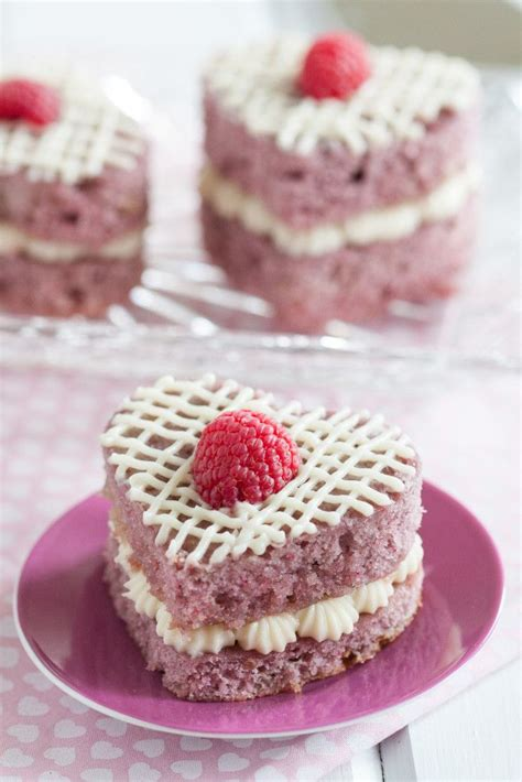Tips For Cake Decorating At Home by Fresh Raspberry Mini Cakes Goodie Godmother A Recipe