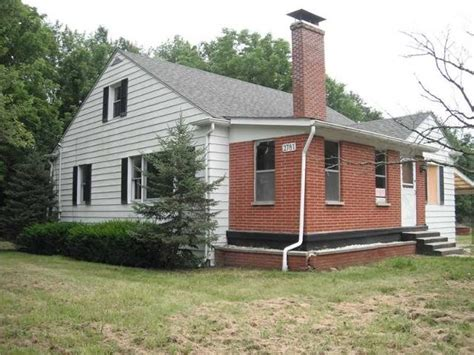 2781 n us highway 31 seymour in 47274 foreclosed home