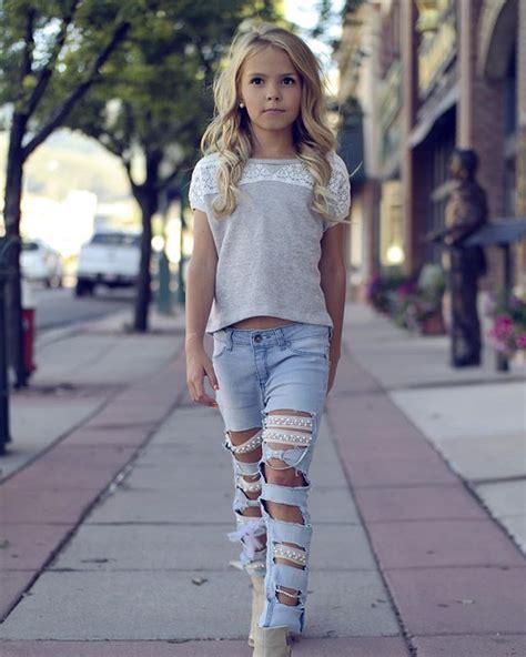 pinterest tween girl models walk this way shirt theweekendwardrobe weresofancyblog