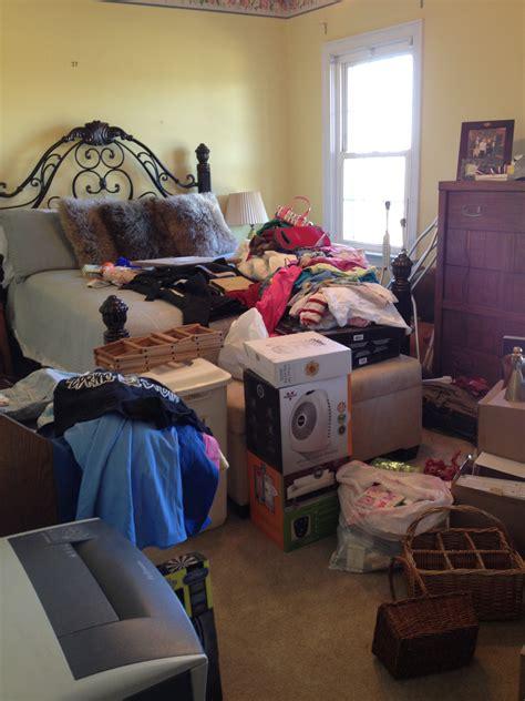 rearrange bedroom digitalstudiosweb com cluttered bedroom before and after homedesignview co