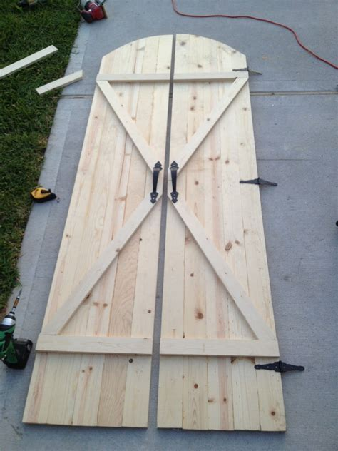 Walls Under Construction Rustic Barn Doors Barn Door Construction