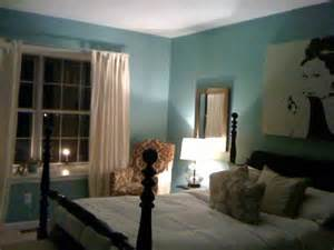 blue wall paint contemporary bedroom valspar lake country blue
