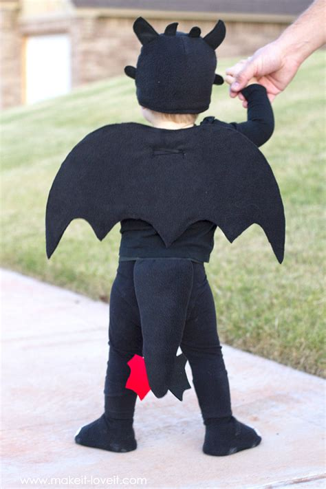 how to your toothless costume diy toothless costume from quot how to your quot