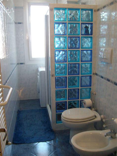 box doccia vetrocemento cartongesso in bagno