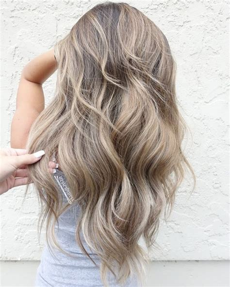 how to get medium beige blonde hair 11 best blonde balayage hair color ideas for 2017 ash