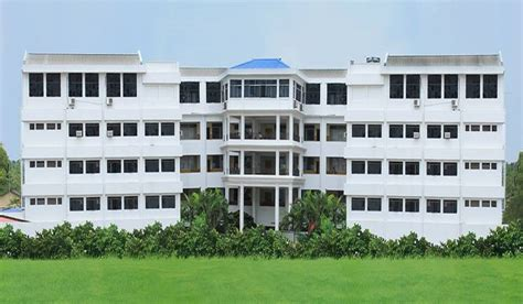 Mba Colleges In Kolkata With Low Fee Structure by Techno India Salt Lake Kolkata Images Photos