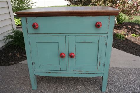 Distressed Turquoise Furniture by 25 Best Ideas About Distressed Turquoise Furniture On Chalk Paint Furniture Chalk