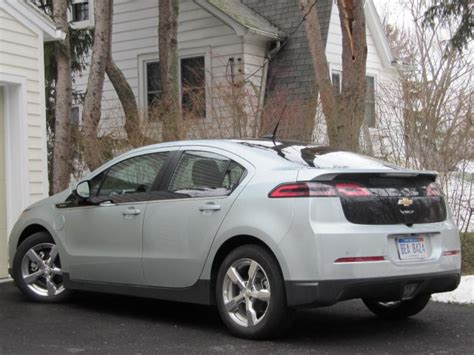 how make cars 2011 chevrolet volt auto manual what will it take for electric cars to make great family cars