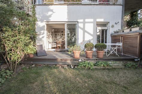 Paris 19e : Appartement jardin à la butte Bergeyre   Agence EA Paris